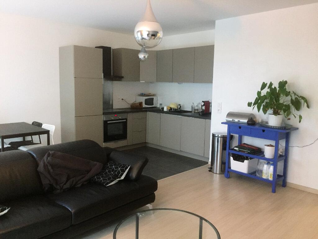 Appartement à vendre 3 67.51m2 à Lille vignette-1