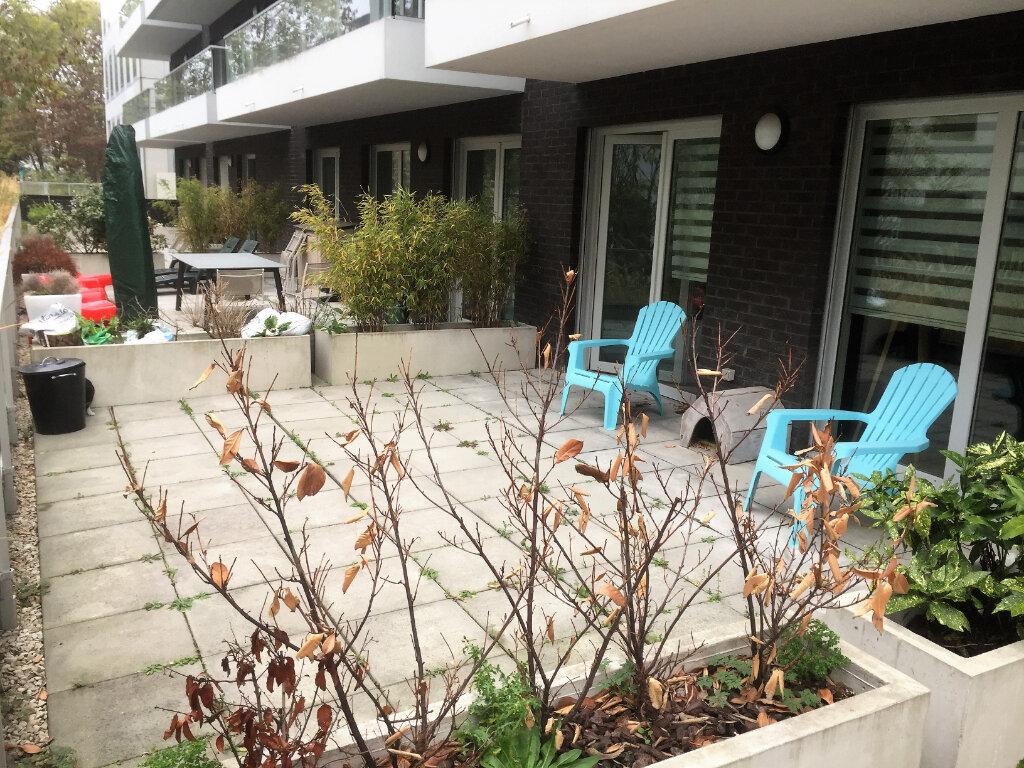 Appartement à vendre 3 67.51m2 à Lille vignette-3