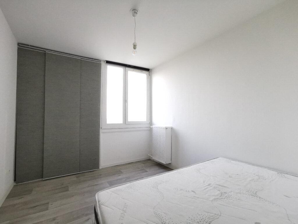 Appartement à louer 2 58.38m2 à Mons-en-Baroeul vignette-3