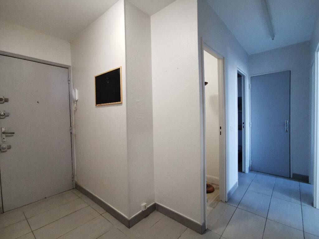 Appartement à louer 2 58.38m2 à Mons-en-Baroeul vignette-6