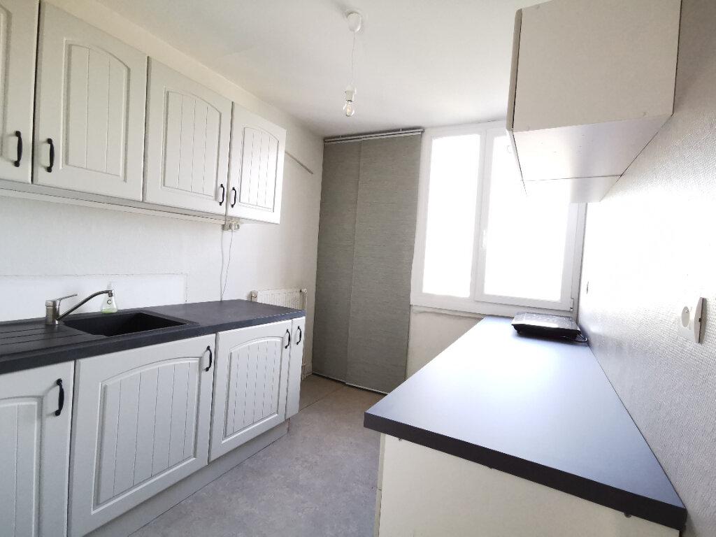 Appartement à louer 2 58.38m2 à Mons-en-Baroeul vignette-7