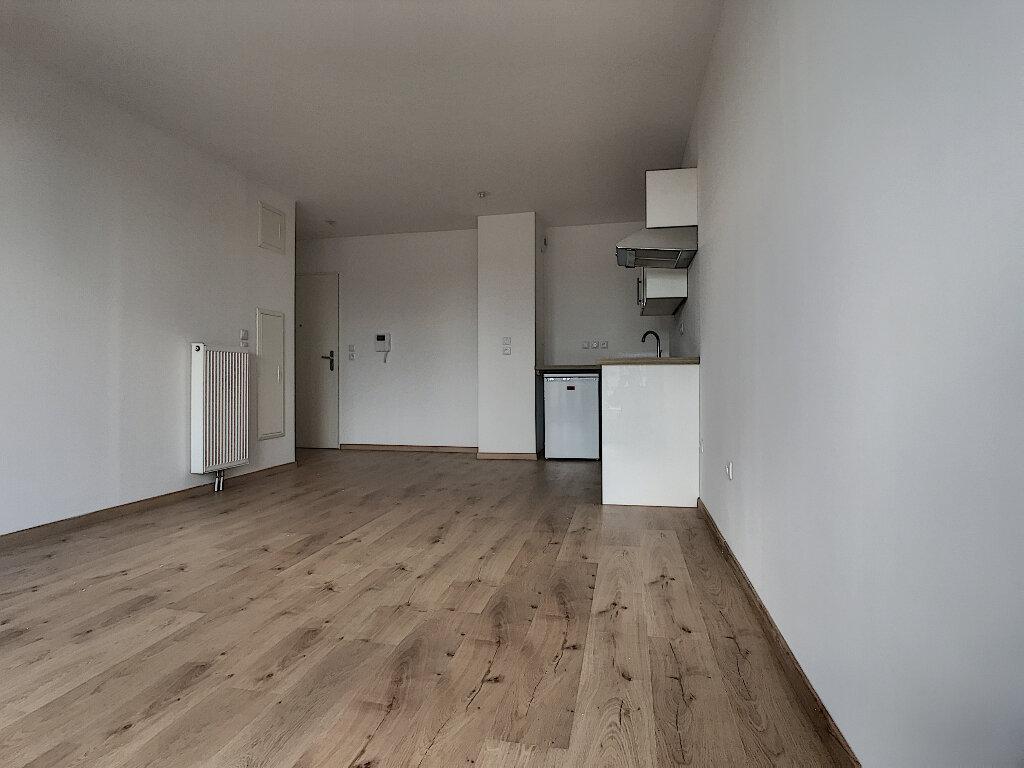 Appartement à louer 2 45.4m2 à Marcq-en-Baroeul vignette-2