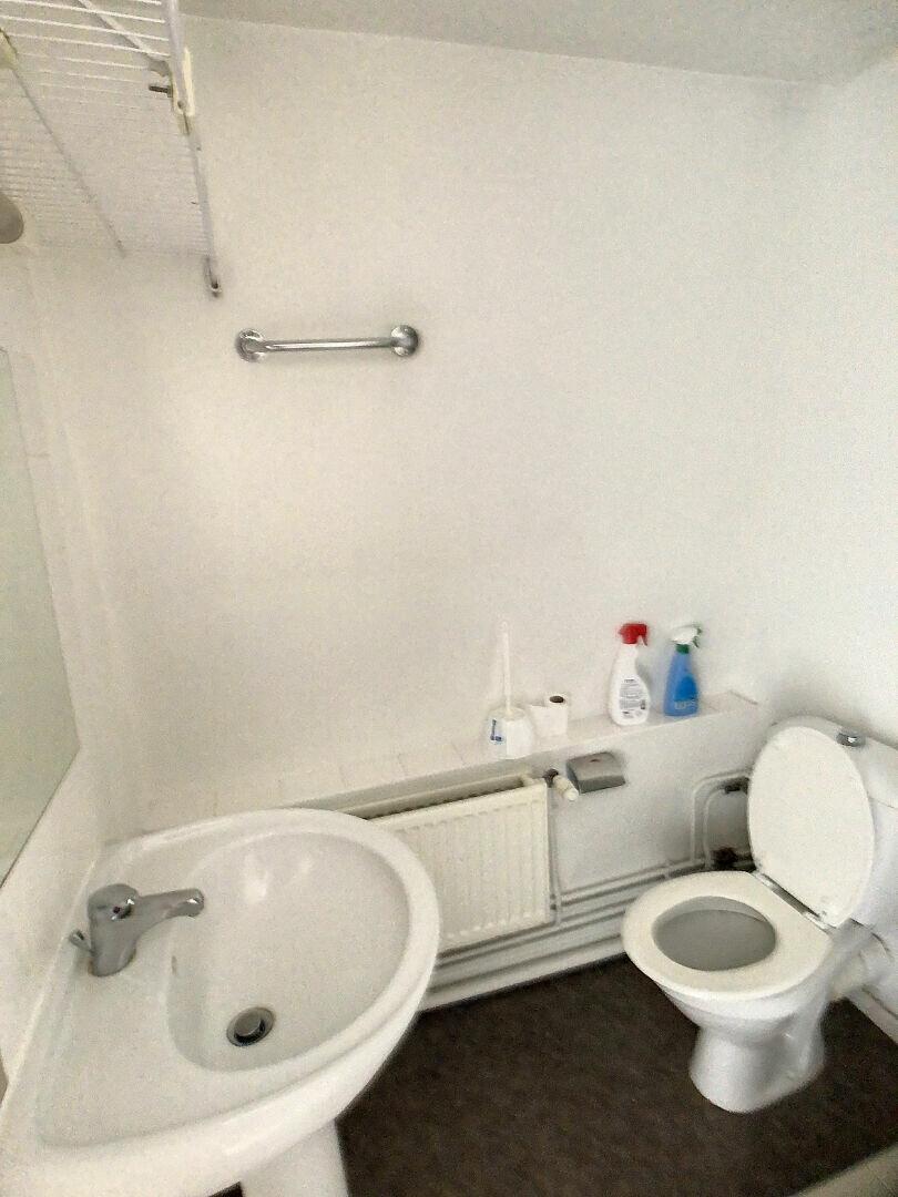 Appartement à louer 2 41.88m2 à Pérenchies vignette-5