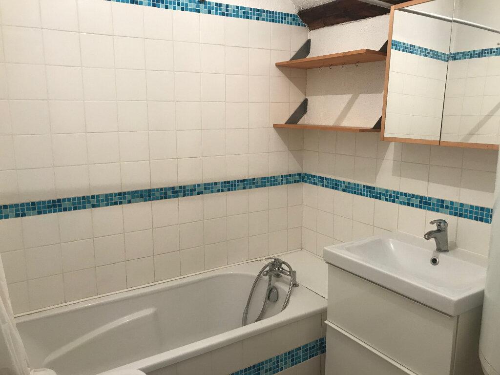 Appartement à louer 2 42m2 à Lille vignette-6