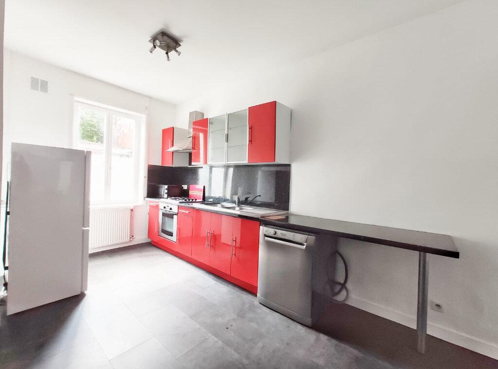 Maison à louer 5 83.29m2 à Tourcoing vignette-5