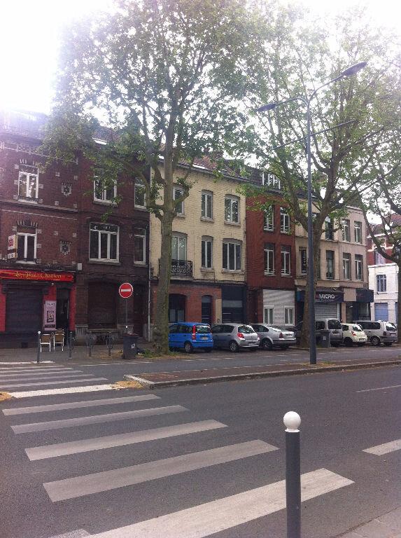 Appartement à louer 1 11.65m2 à Lille vignette-1