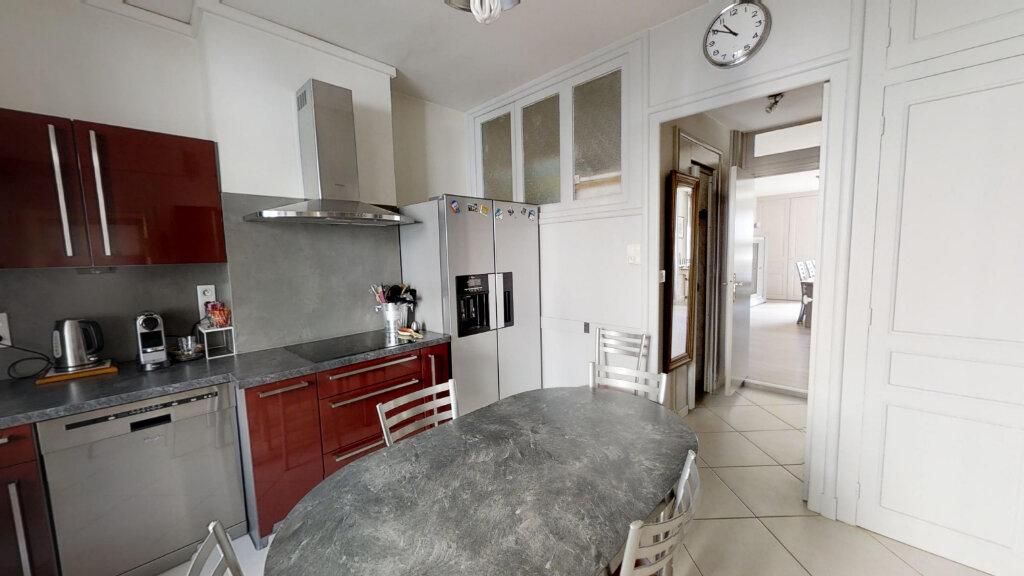 Maison à vendre 8 230m2 à Roanne vignette-2