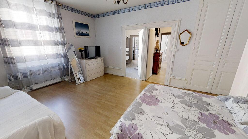 Maison à vendre 8 230m2 à Roanne vignette-4