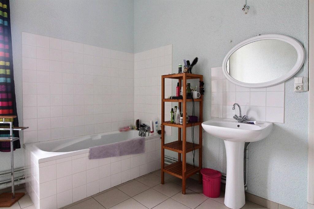 Appartement à louer 6 216m2 à Roanne vignette-7