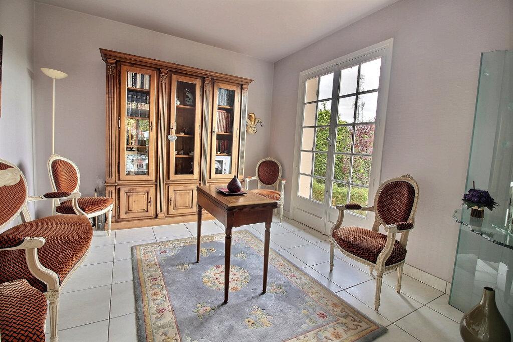 Maison à vendre 8 215m2 à Mably vignette-6