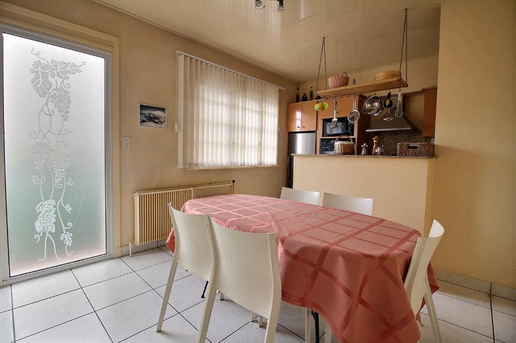 Maison à vendre 8 215m2 à Mably vignette-8