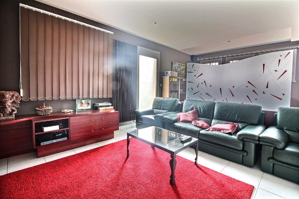Maison à vendre 8 215m2 à Mably vignette-10