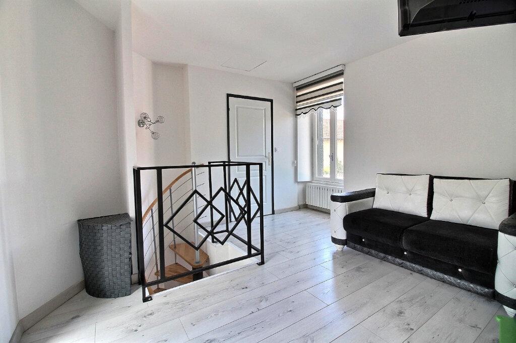 Maison à vendre 4 90m2 à Roanne vignette-1