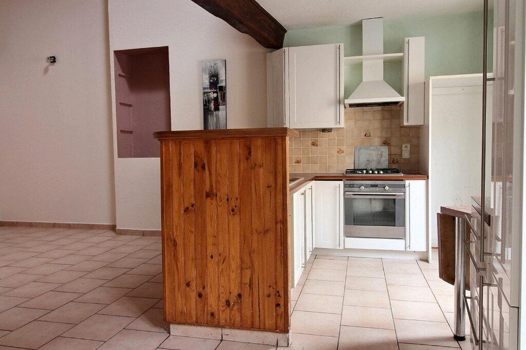 Appartement à louer 5 115.5m2 à Roanne vignette-3