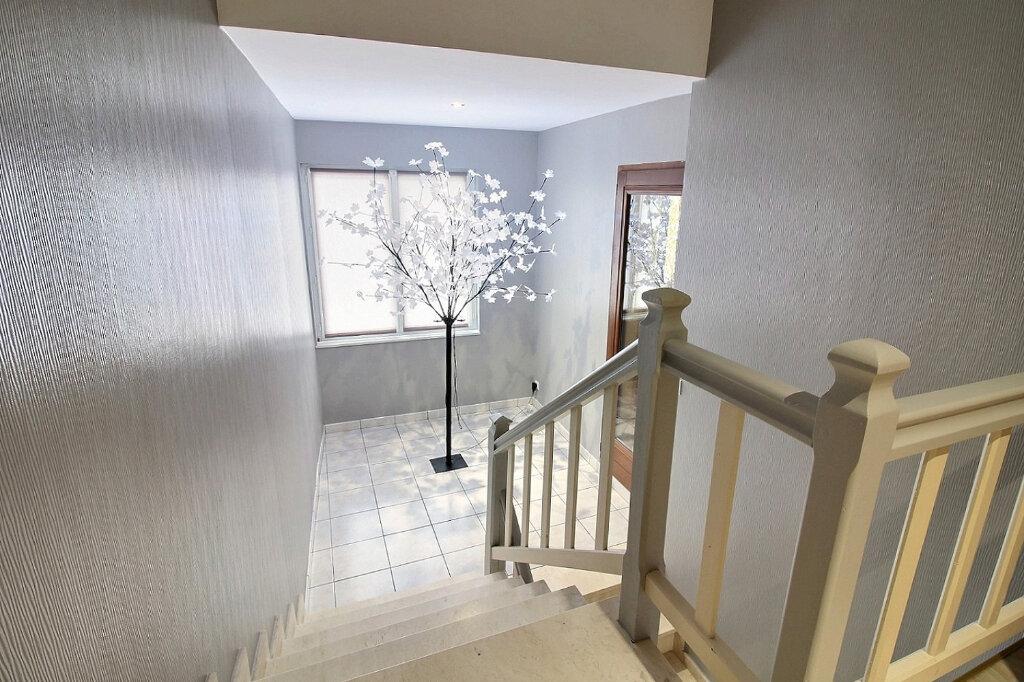 Maison à vendre 5 135m2 à Le Coteau vignette-4
