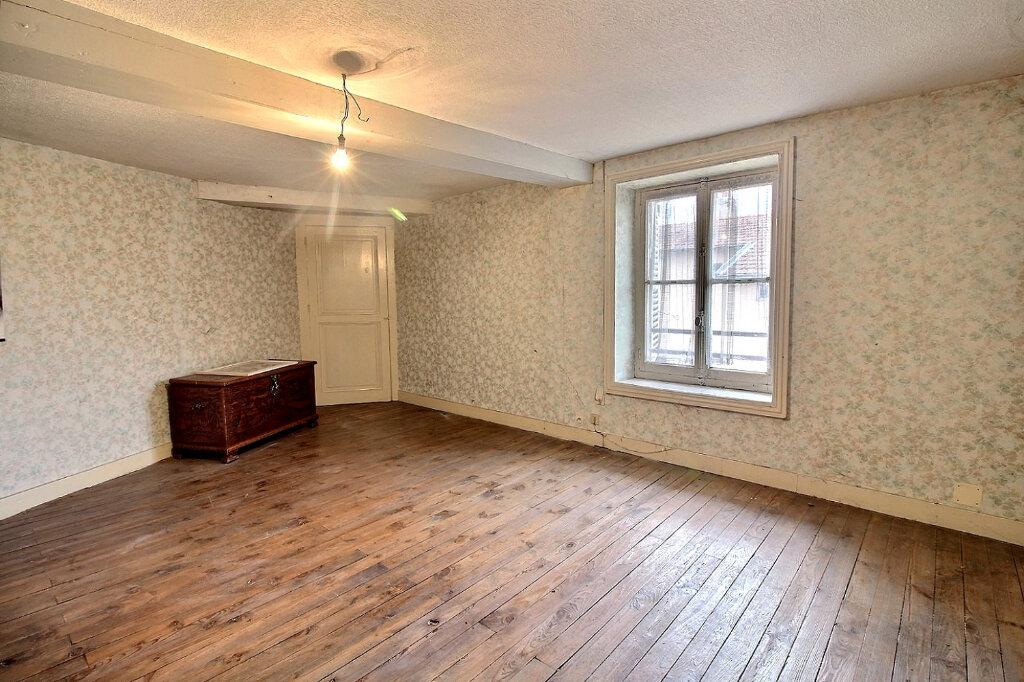 Maison à vendre 5 100m2 à Roanne vignette-4