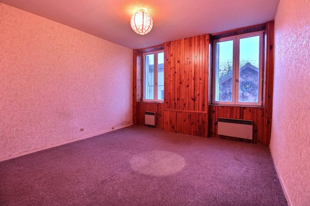 Appartement à vendre 3 81m2 à Chauffailles vignette-2