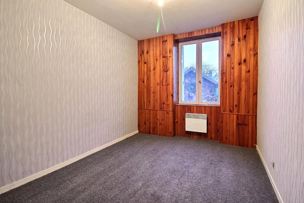 Appartement à vendre 3 81m2 à Chauffailles vignette-3