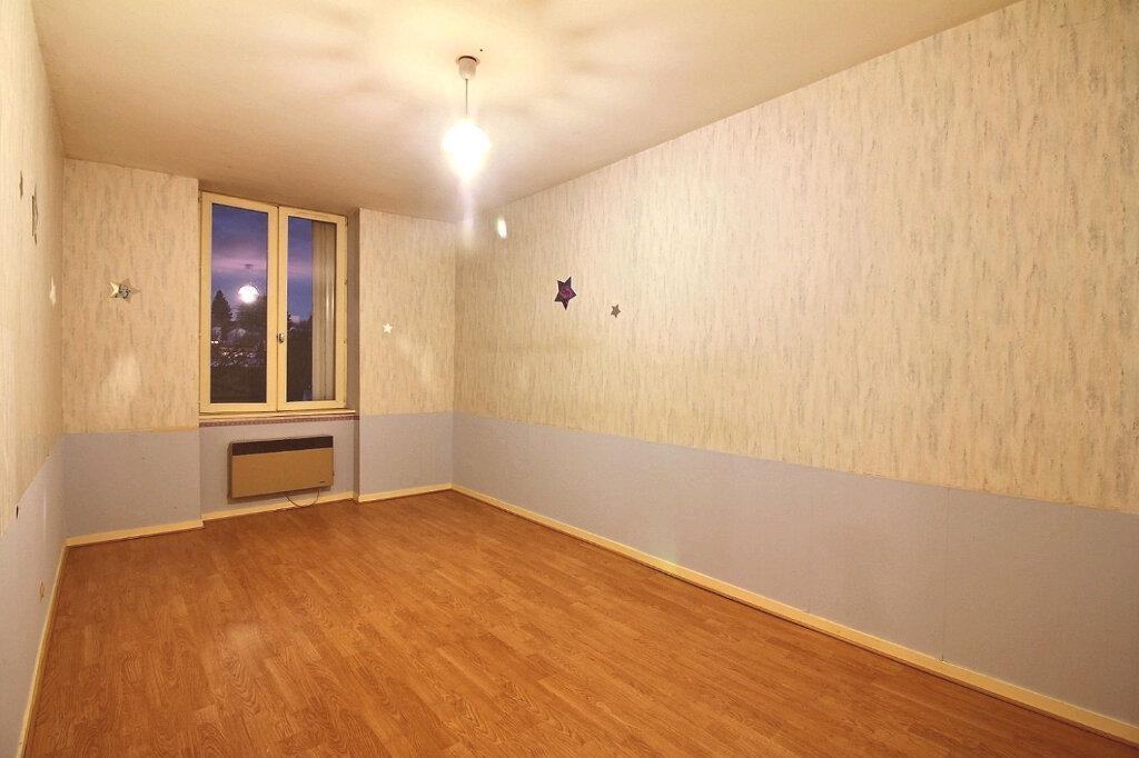 Appartement à vendre 4 102m2 à Chauffailles vignette-6