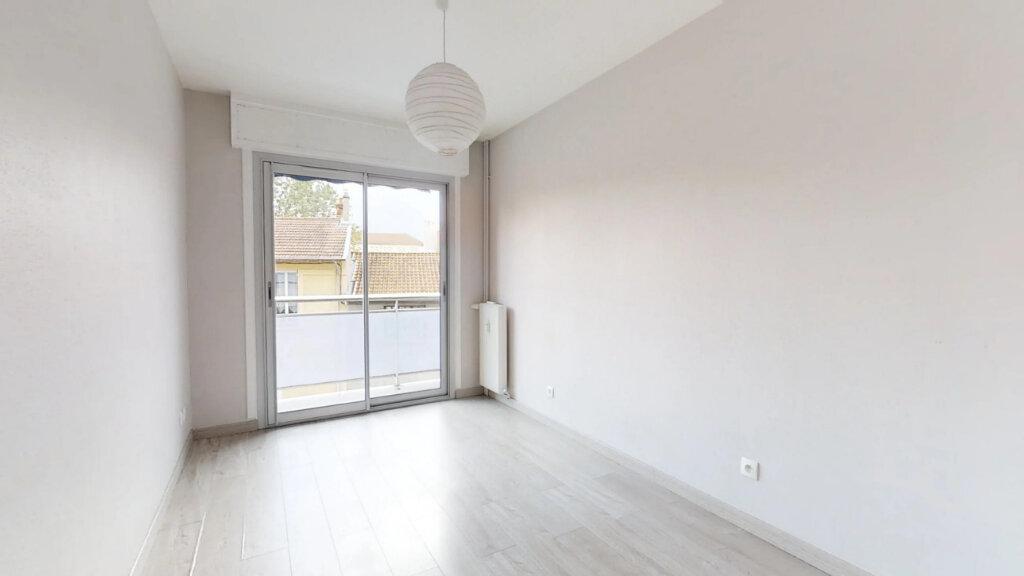 Appartement à vendre 3 46.52m2 à Roanne vignette-2