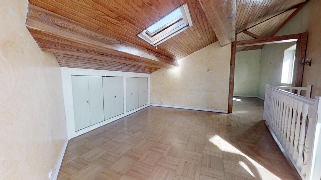 Appartement à vendre 5 132m2 à Le Coteau vignette-6