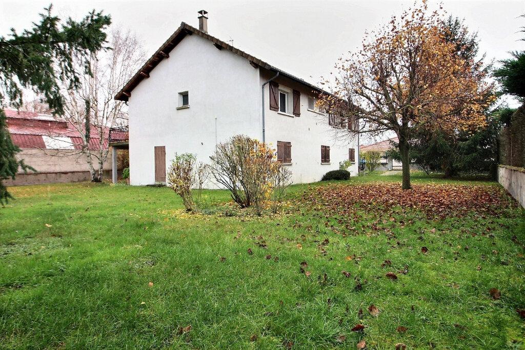 Maison à vendre 5 130m2 à Le Coteau vignette-1