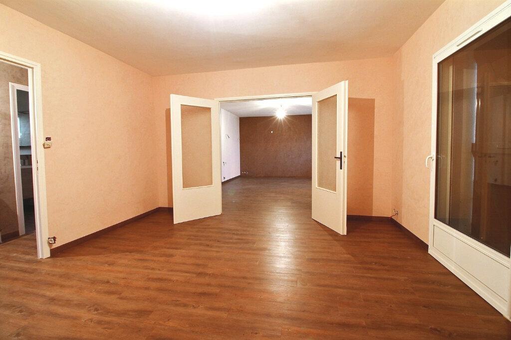 Maison à vendre 5 130m2 à Le Coteau vignette-7