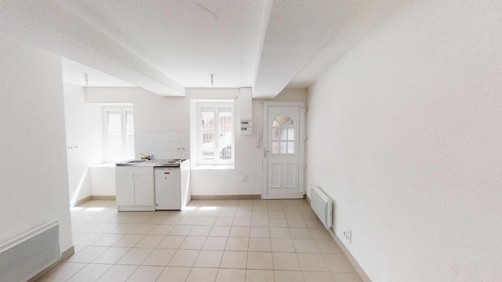 Appartement à louer 1 20.83m2 à Roanne vignette-1