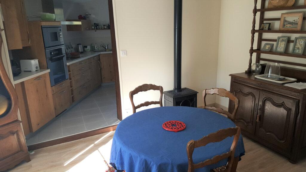 Maison à vendre 5 123m2 à Breuillet vignette-6