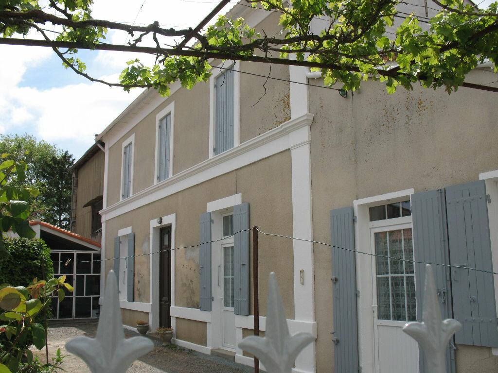 Maison à vendre 4 126m2 à Étaules vignette-1