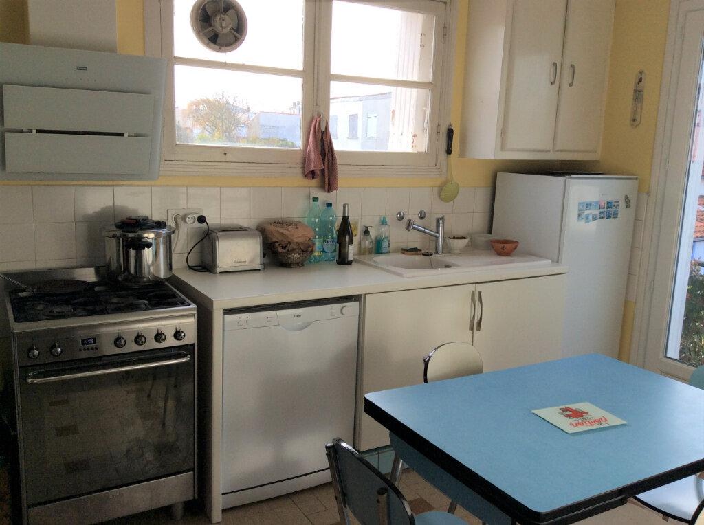 Maison à vendre 6 135m2 à Royan vignette-4