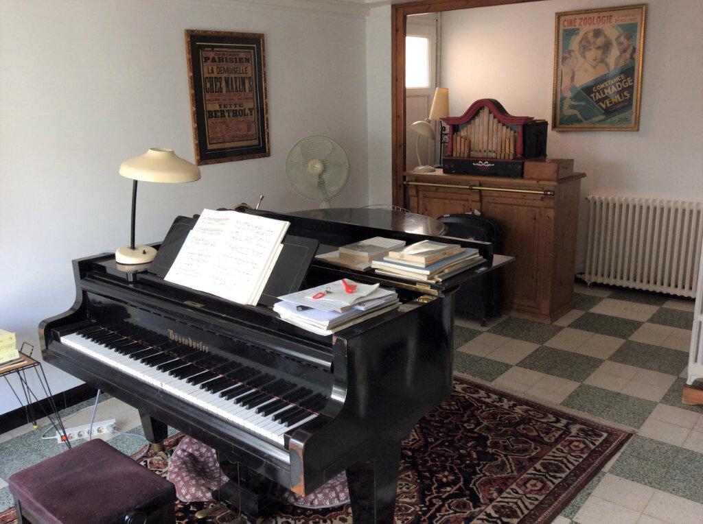 Maison à vendre 6 135m2 à Royan vignette-5