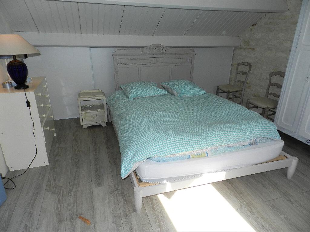 Maison à vendre 5 160m2 à Saint-Pierre-d'Oléron vignette-8