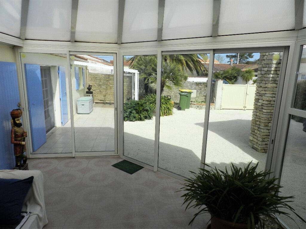 Maison à vendre 5 160m2 à Saint-Pierre-d'Oléron vignette-9
