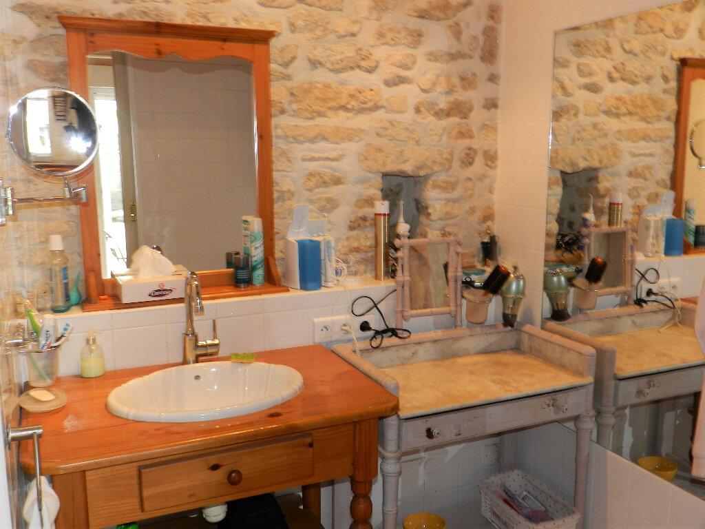 Maison à vendre 5 160m2 à Saint-Pierre-d'Oléron vignette-10