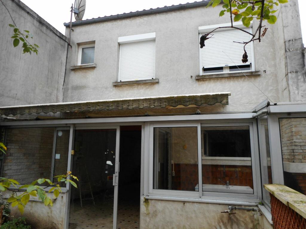 Maison à vendre 6 100m2 à Saint-Georges-d'Oléron vignette-1