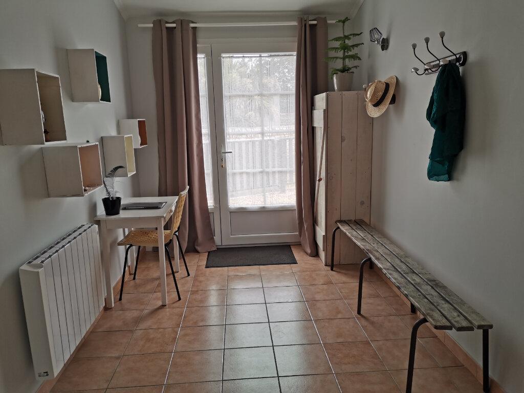 Maison à vendre 10 151m2 à Saint-Pierre-d'Oléron vignette-5