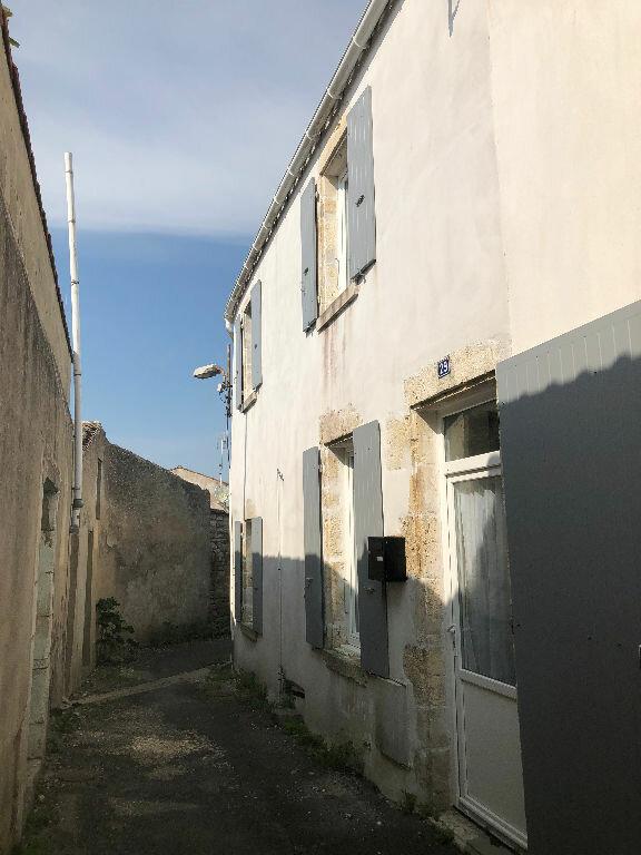 Maison à vendre 4 70m2 à Saint-Pierre-d'Oléron vignette-1