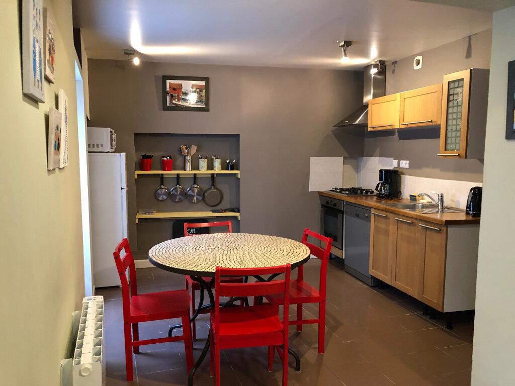 Maison à vendre 4 70m2 à Saint-Pierre-d'Oléron vignette-4