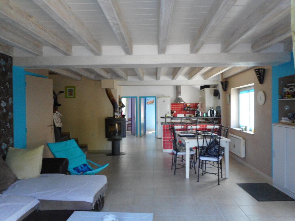 Maison à vendre 5 110m2 à Saint-Pierre-d'Oléron vignette-7