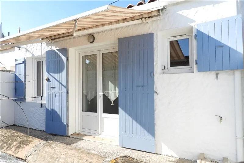 Maison à vendre 3 44m2 à Saint-Pierre-d'Oléron vignette-1