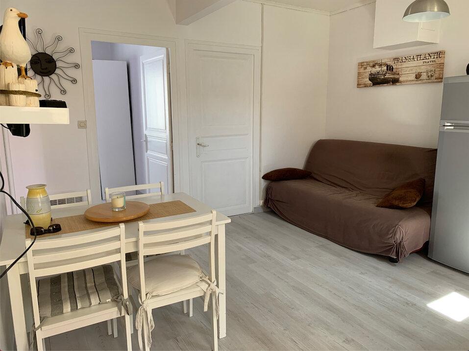 Maison à vendre 3 44m2 à Saint-Pierre-d'Oléron vignette-2