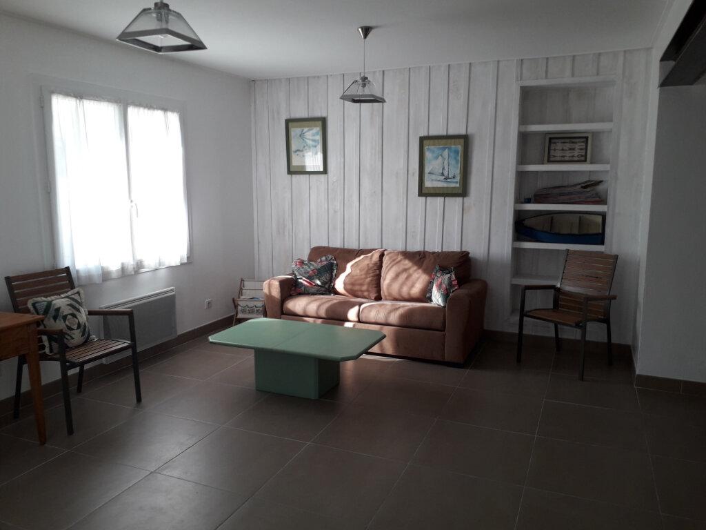 Maison à vendre 3 74m2 à Saint-Georges-d'Oléron vignette-11