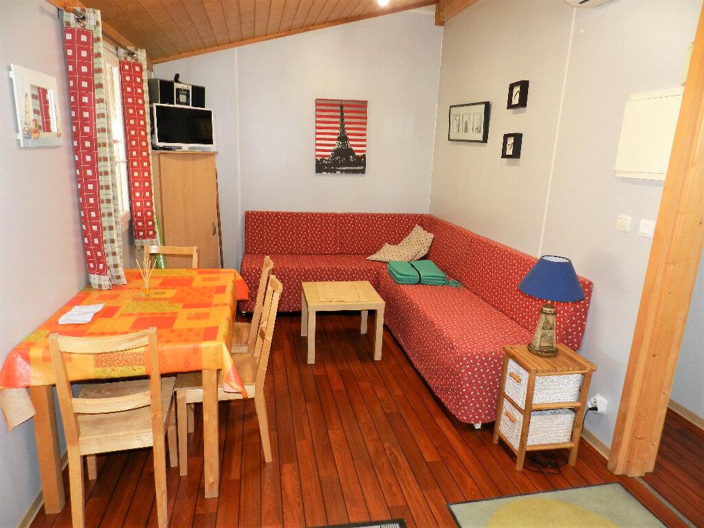 Maison à vendre 3 35m2 à Saint-Pierre-d'Oléron vignette-3
