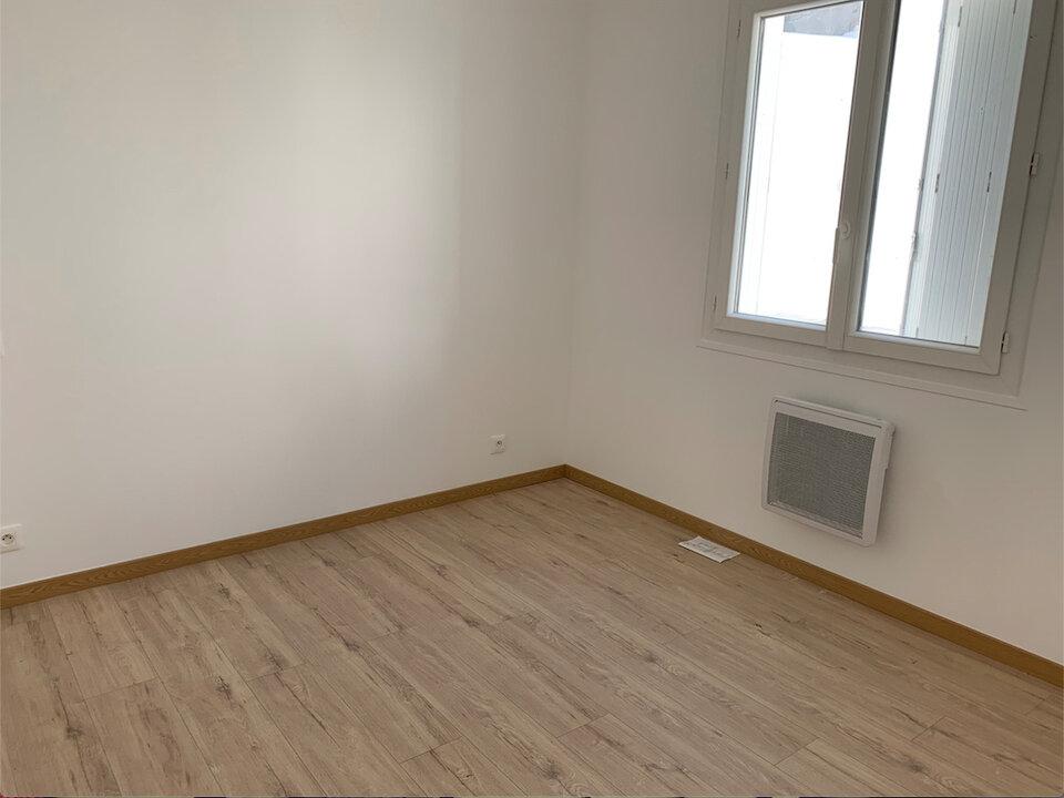 Appartement à vendre 4 68.88m2 à Saint-Pierre-d'Oléron vignette-5