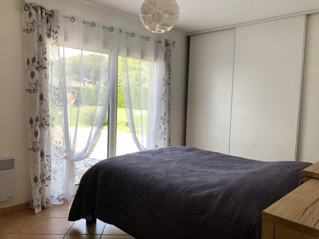 Maison à vendre 5 125m2 à Saint-Pierre-d'Oléron vignette-6