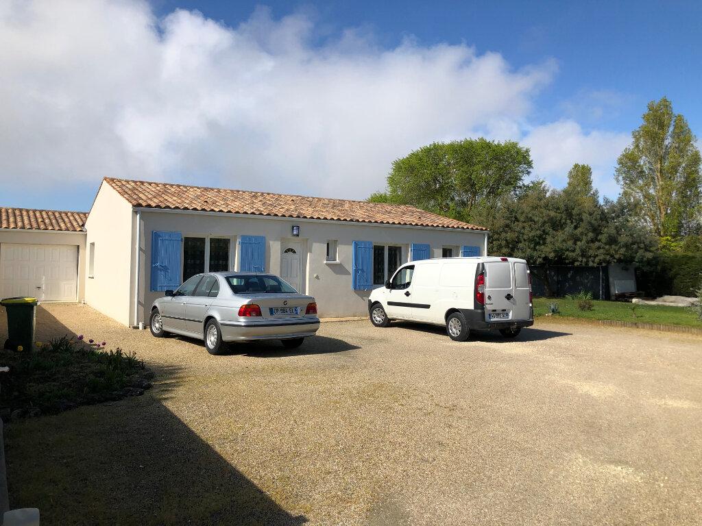 Maison à vendre 5 125m2 à Saint-Pierre-d'Oléron vignette-12