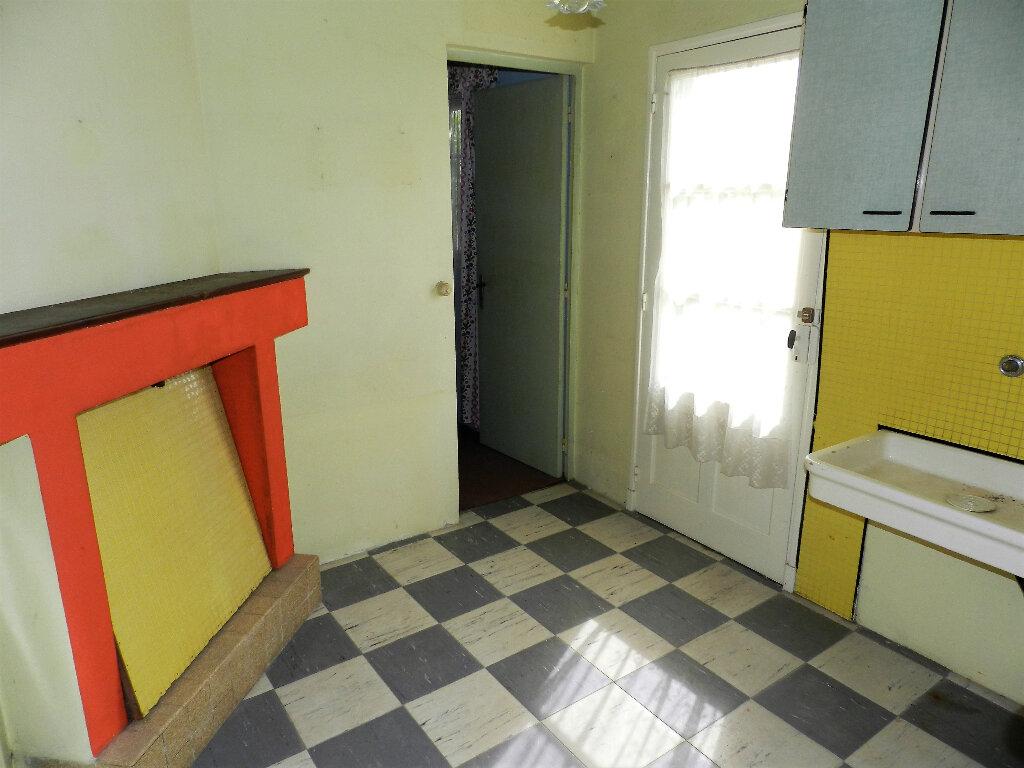 Maison à vendre 6 105m2 à Saint-Pierre-d'Oléron vignette-9