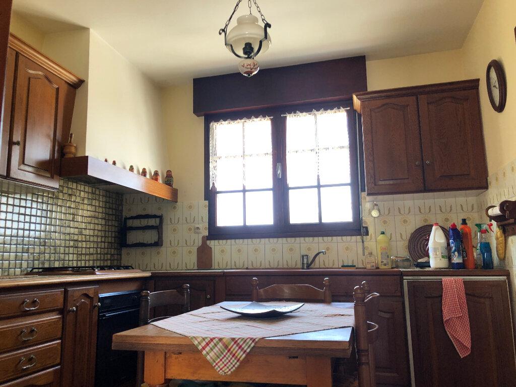 Maison à vendre 5 100m2 à Saint-Pierre-d'Oléron vignette-4