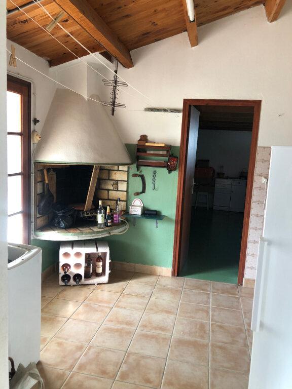 Maison à vendre 5 100m2 à Saint-Pierre-d'Oléron vignette-5